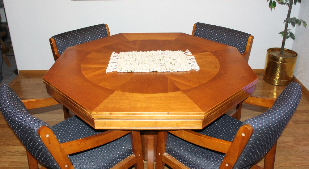 Wide View of Misc #M-4 Table Runner